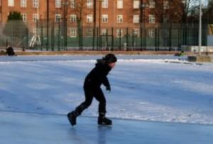 Las mejores pistas de hielo en aire libre para niños